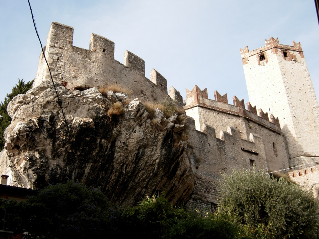 In Malcesine, on Lake Garda, you can take a panoramic cable car to Mount Baldo, the most distinctive mountain in the region. The town has a castle and gorgeous little streets full of life.
