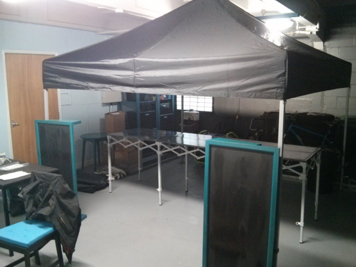 Foldable Vanstaurant setting up
